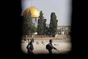 """إسرائيل تواصل غاراتها والمقاومة ترد.. دعوات لـ""""هدنة إنسانية"""" في غزة وتحركات دبلوماسية لإنهاء التصعيد"""